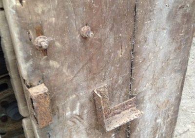 sabbiatura porta antica