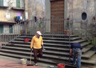 Restauro porta chiesa Vallerano